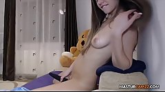 Charming Teen With Sensual Hitachi Session - MASTURCAMZZ.COM