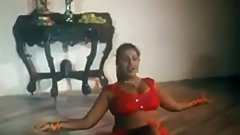 Indian Milf Aunty Hot Dance www.CutEka.com