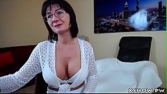 Wet Gorgeous Mom Camshow Masturbation