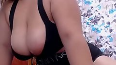 Bigass Sexy Woman Cumming On Camshow