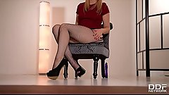 Alana Moon teases in Pantyhose then fucks herself to Orgasm
