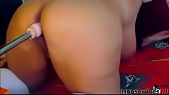 fatty Daysy with fucks sex machines and gets pleasure