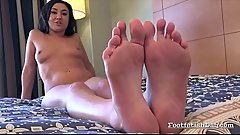 Kylie Kalvetti Performing FootFetish
